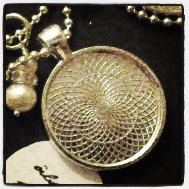 Vad skulle du vilja skriva i ett smycke från ljuvligating.se?